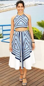 Freida-Pinto-crop_top